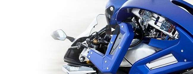 Motobot : Un robot capable de conduire une moto